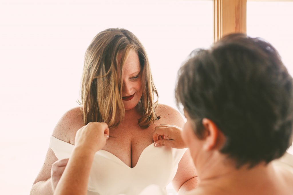 San Diego Same Sex Elopement: Getting ready