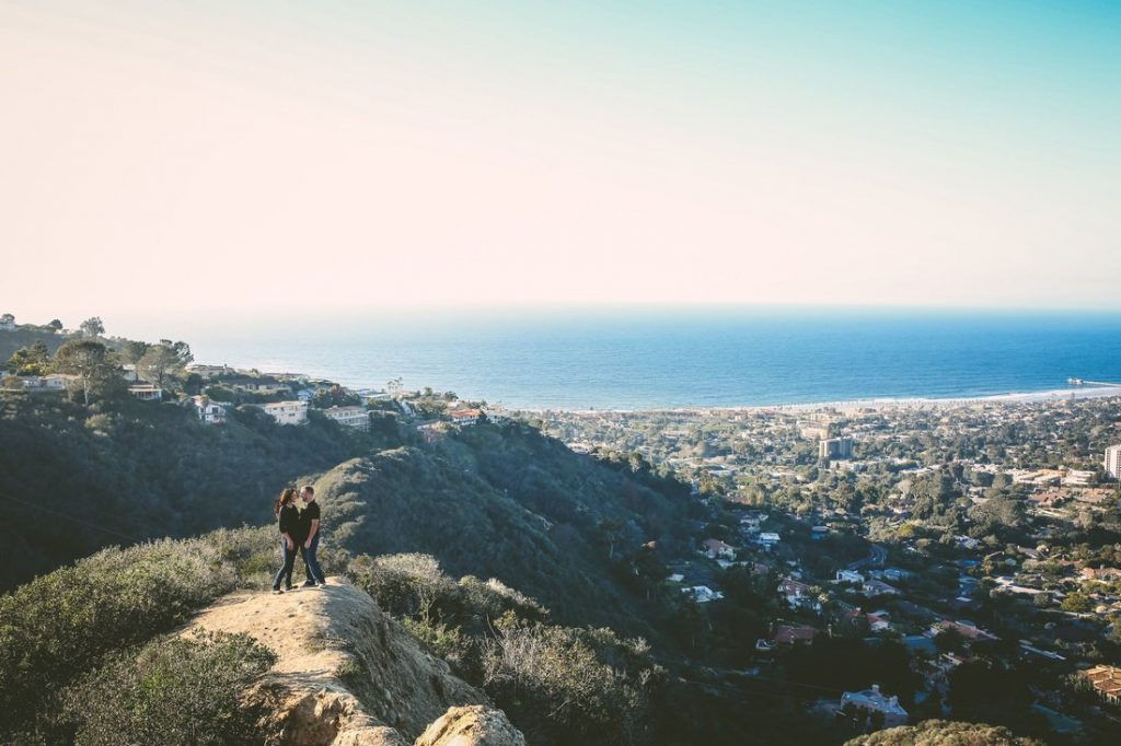 Photo of Jessica and Clint at Mount Soledad